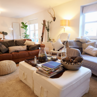 Our top five tips for lighting a lounge!